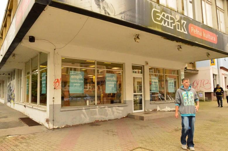 Empik przy ul. Zwycięstwa w Koszalinie to najdłużej działający salon tej sieci w mieście. W sobotę będzie można zrobić w nim zakupy po raz ostatni. Zostaje