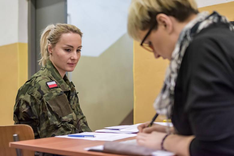 9ŁBOT szkoli nowych ochotników. Przyszli żołnierze intensywnie trenują by zasilić szeregi łódzkich terytorialsów