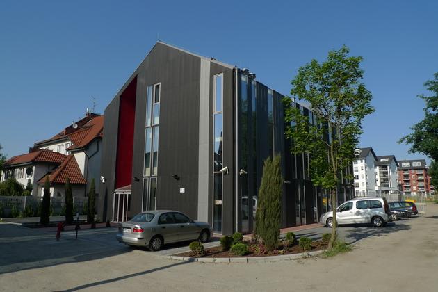 Budynek przy ul. Borowskiej 272.