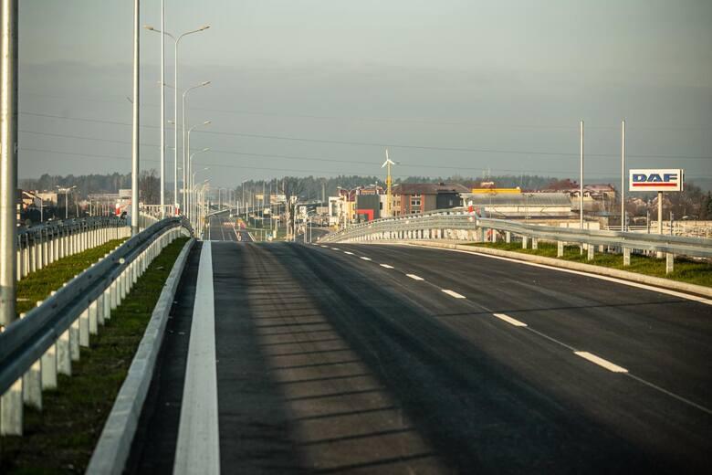 Droga do Augustowa i dalej do granicy państwa powinna być ekspresowa. Tak uważają podlascy posłowie, przedsiębiorcy i mieszkańcy województwa.