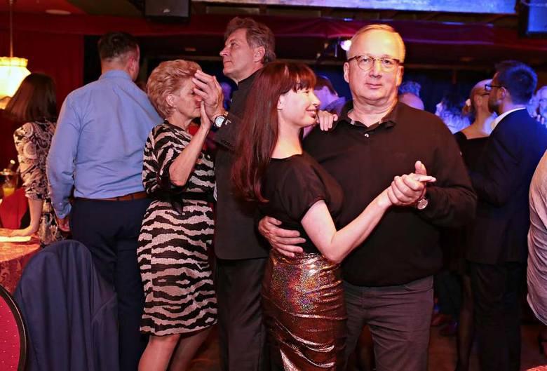 Szalona impreza andrzejkowa w klubie Cabaret [ZDJĘCIA]