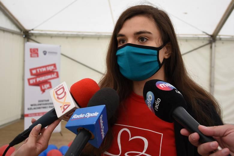 - W tych trudnych czasach wolontariusze są szczególnie potrzebni, by pomagać innym - podkreślają działacze Szlachetnej Paczki.