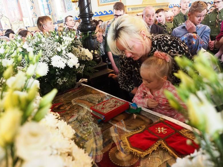 Sobór św. Mikołaja. Cerkiew prawosławna obchodzi Wielki Piątek.