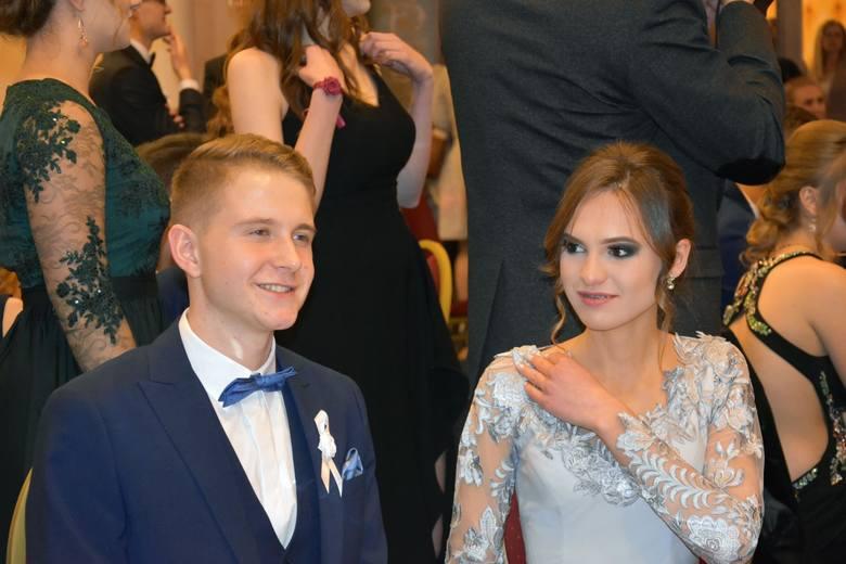 Najpiękniejsze dziewczyny na studniówkach 2019 we Wrocławiu