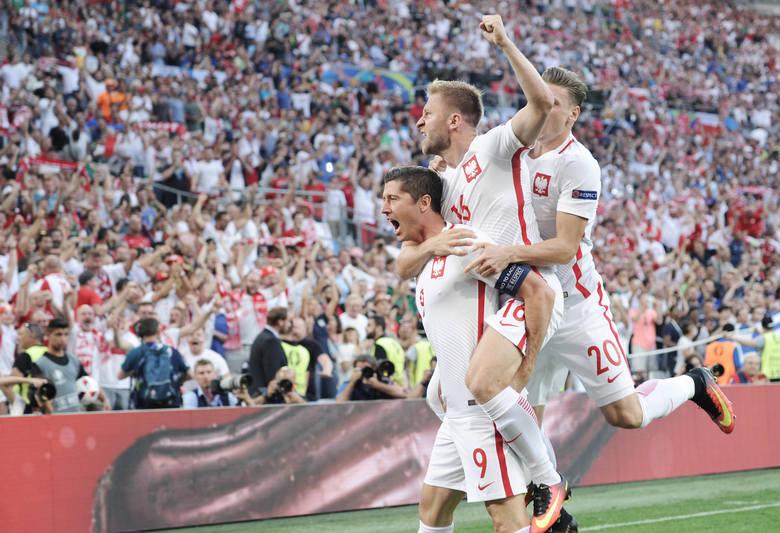 PZPN i kibice wybierają reprezentację stulecia w polskim futbolu i my też postanowiliśmy się pobawić. Przedstawiamy naszą propozycję. Całkowicie subiektywną,