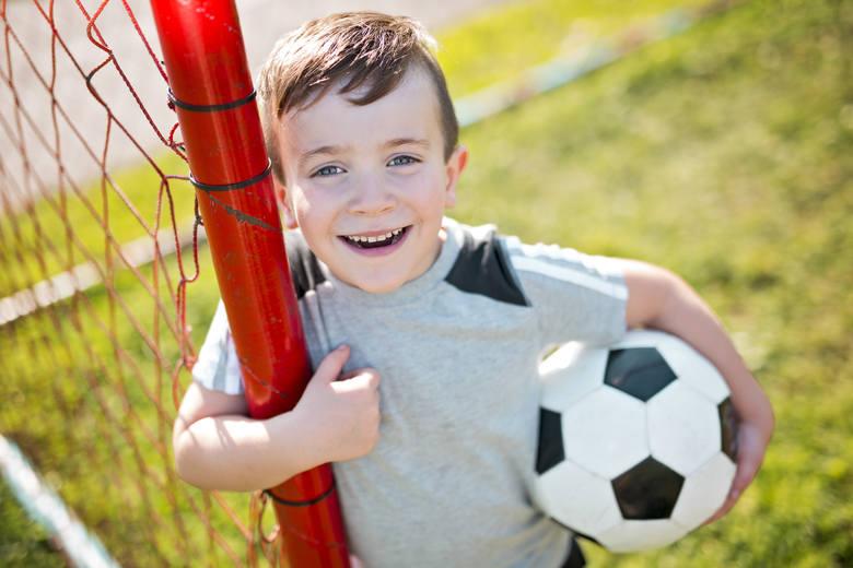Mundial dla dzieci, czyli jak zapisać malucha do szkółki piłkarskiej?