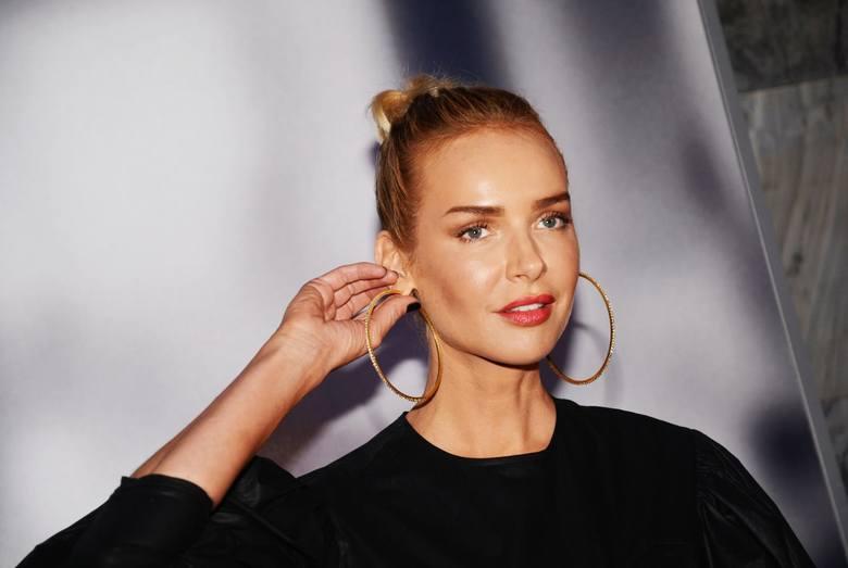 Magdalena Mielcarz, polska piosenkarka, od kilku lat próbuje zaistnieć w amerykańskim świecie muzycznym.Zobacz na następnej stronie przemianę Magdaleny