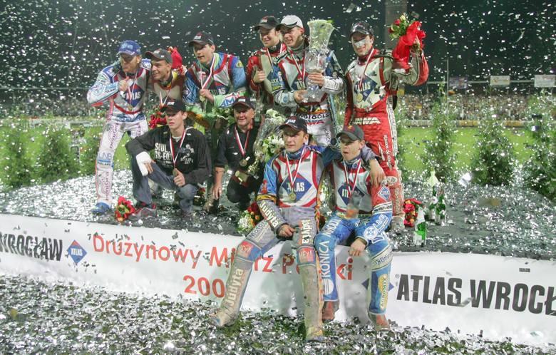 Sezon 2020 w PGE Ekstralidze miał ruszyć 3 kwietnia, jednak z powodu epidemii koronawirusa inaugurację ligi przeniesiono na 17 kwietnia. W oczekiwaniu
