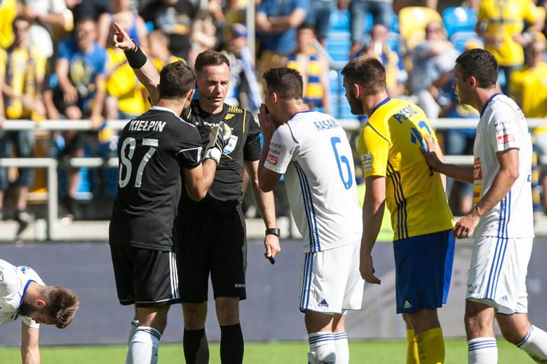 Paweł Raczkowski: Nie ma nic gorszego dla spektaklu piłkarskiego niż sędziowanie przy pustych trybunach