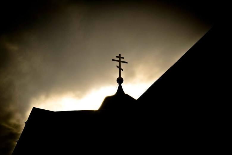 Parafia Św. Trójcy w Hajnówce zmieniła godzinę odprawienia Wieczerni z czynem proszczenija, aby nie nabożeństwo nie odbyło się w tym samym czasie, co