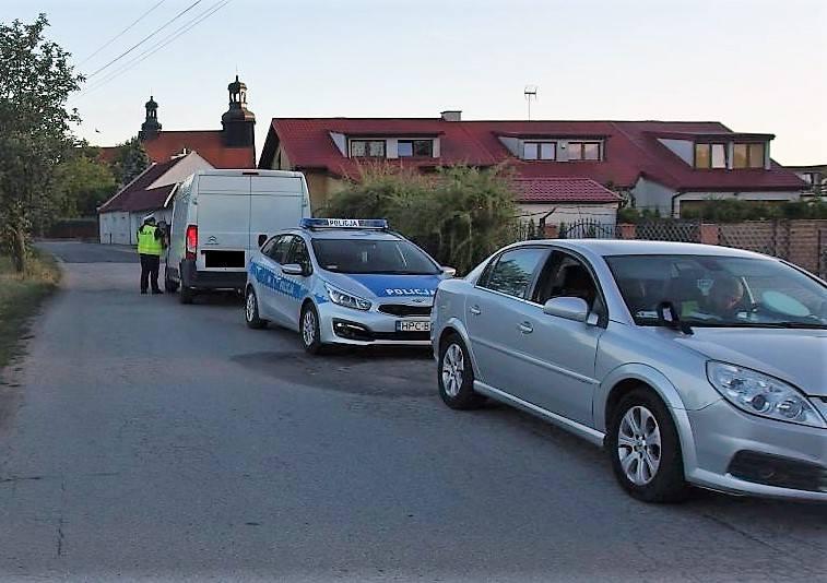 Policjanci z komend w Inowrocławiu, Mogilnie i Żninie prowadzili we wtorek, 12 czerwca, działania na drogach powiatu Inowrocławskiego. Ich celem było