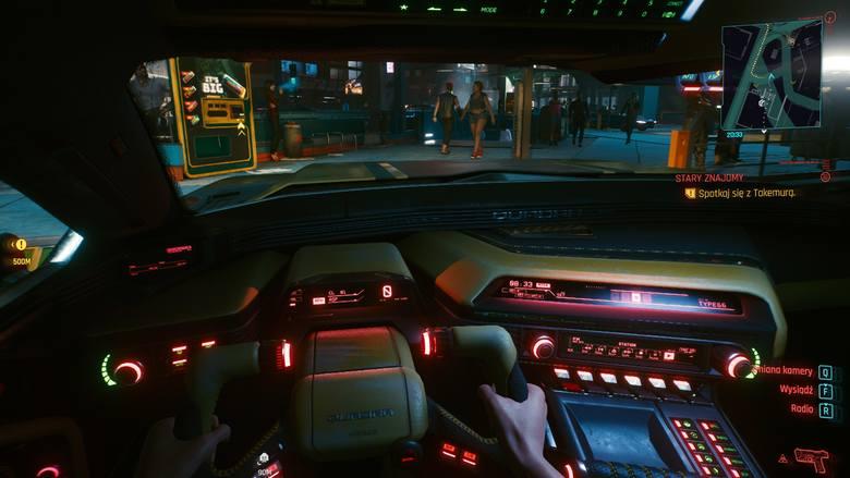 Cholera, zakochać się można we wnętrzach tych pojazdów. Człowiek ma wrażenie, jakby naprawdę siedział za kierownicą KITT'a.