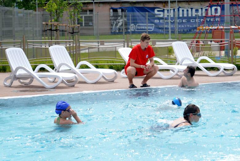 Zewnętrzne baseny Aqua Lublin. Od poniedziałku będą zamknięte, ponownie będzie można z nich korzystać dopiero latem 2018 r.