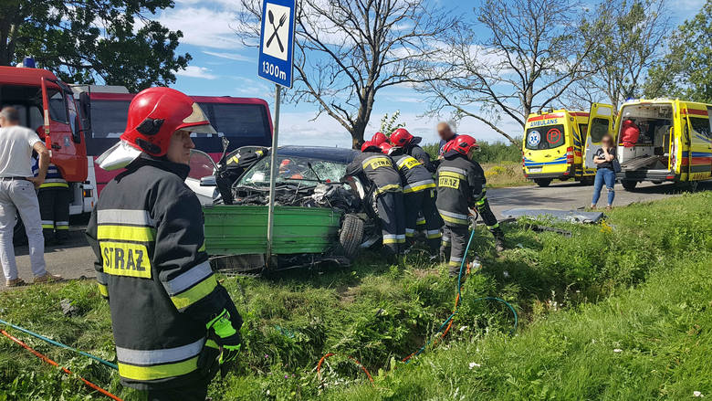 W podsłupskich Siemianicach doszło do wypadku, w którym udział brał autobus linii NORD i osobowy mercedes. Jak poinformował nas oficer dyżurny Komendy