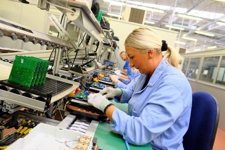 4.Apator rekrutuje w majuGrupa Apator to marka znana nie tylko w kraju. W maju rekrutuje pracowników m.in. do swojego zakładu w Ostaszewie pod Toruniem.