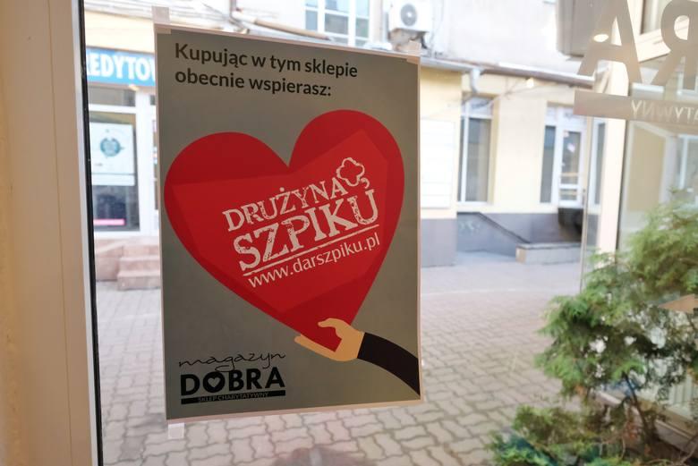 Magazyn Dobra Sklep Charytatywny to nowe miejsce na mapie Poznania. Choć działa dopiero od soboty, już ma zadeklarowanych stałych klientów.<br />