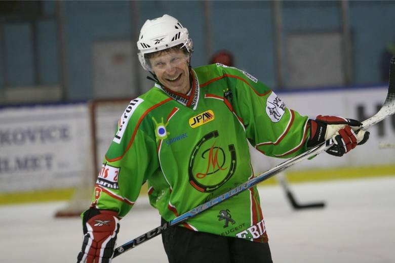 Hokej na lodzie. Ełkaesiacy dokonali niemożliwego. Pokonali ZSRR!