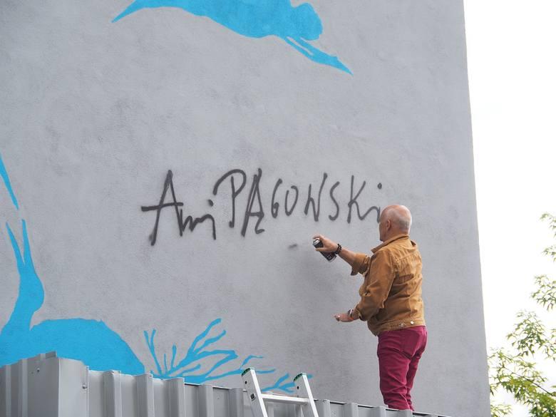XII Suwałki Blues Festival 2019. 48 Godzin zdobyło słuchaczy. Jest mural i nowa tablica