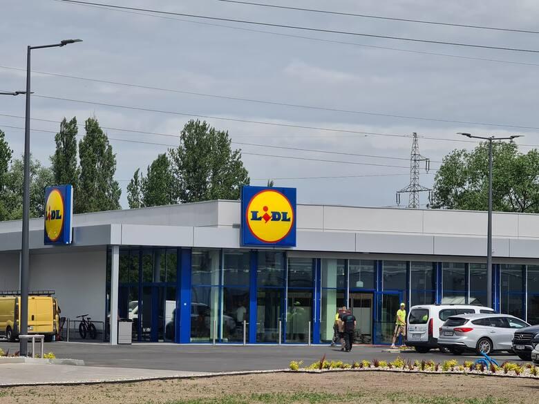 W Toruniu szykuje się otwarcie dwóch nowych sklepów. Jeden z nich to Lidl, znany i lubiany przez Polaków dyskont. Drugim natomiast jest Media Expert,