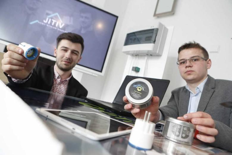 JiTiV to projekt, który opiera się o ekologię. dzięki temu osiągnięciu można znacząco zmniejszyć zużycie poszczególnych sprzętów elektrycznych, które
