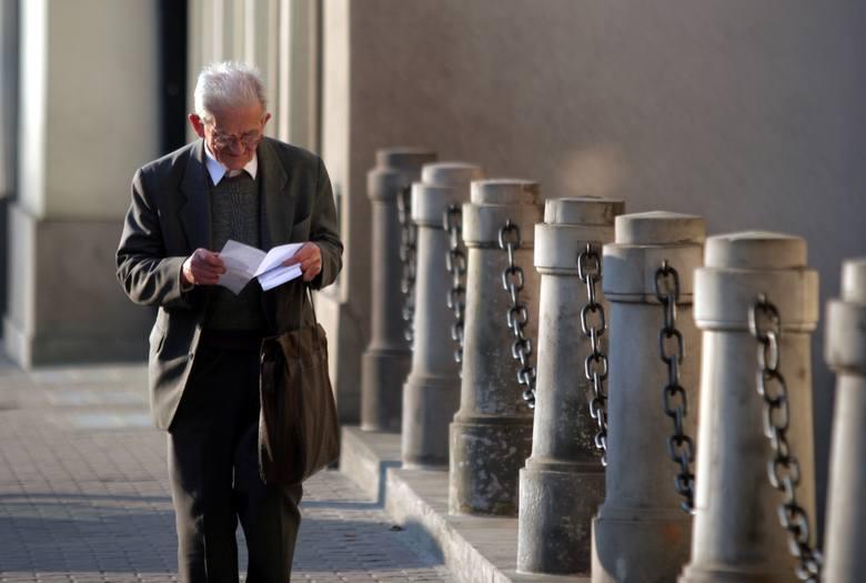 Emerytury 2021. Jaka będzie waloryzacja? Rząd zaproponował już wskaźnik waloryzacji emerytur, jaki ma obowiązywać dla emerytur w 2021 roku. Ile wyniesie