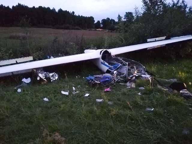Szybowiec pilotowany przez 18-latka w Laszkach runął na ziemię. Młody mężczyzna jest ciężko ranny!
