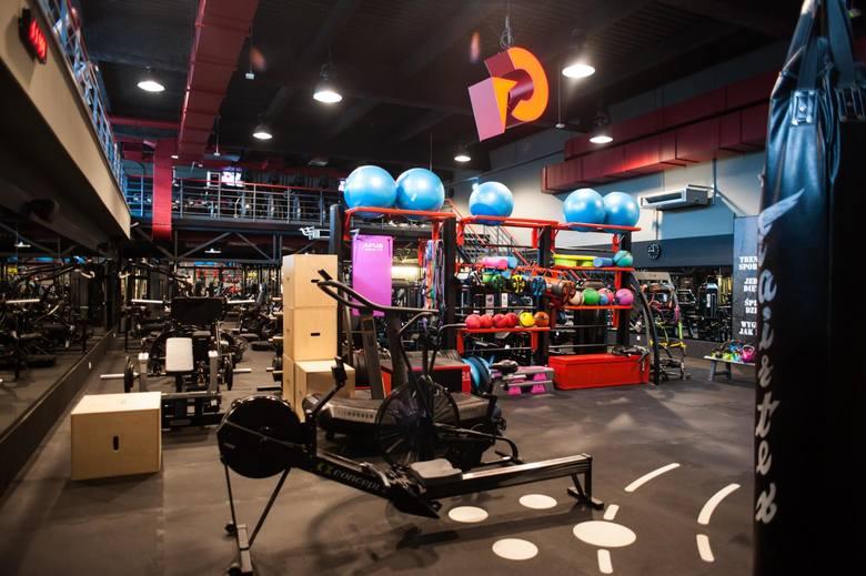 Kluby fitness i siłownie w Krakowie otwarte od 28 maja. Przygotowaliśmy zestawienie najlepszych klubów fitness i siłowni według ocen, jakie użytkownicy