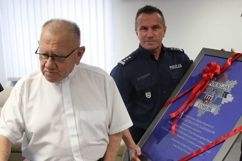 Kapelan policji z Torunia był zarejestrowany jako TW Felicjan
