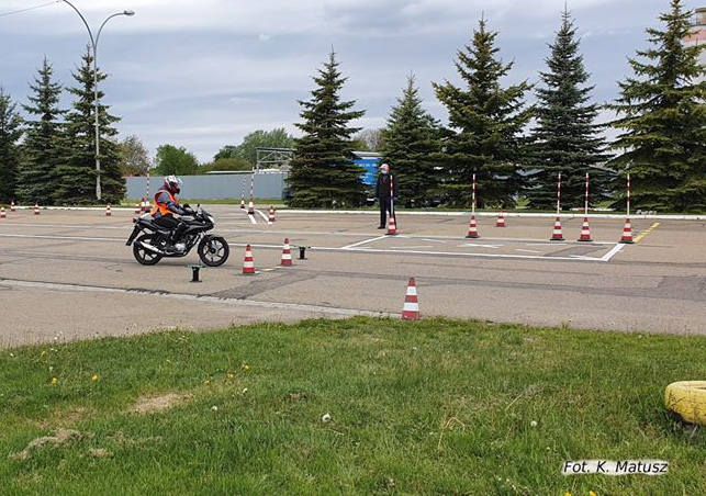 Wojewódzki Ośrodek Ruchu Drogowego w Przemyślu, jako pierwszy w regionie, wznowił egzaminy na prawo jazdy. Zainteresowanie jest ogromne.