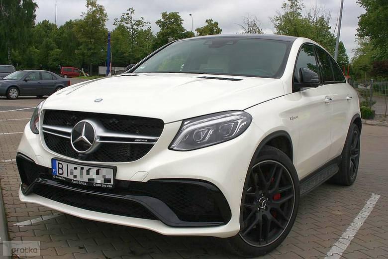 Mercedes-Benz GLE 63AMG S Coupe ma aż 585 KM. Posiada system audio firmy Bang&Olufsen. Auto kosztuje 545 000 zł.
