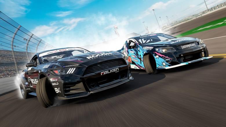 Seria Forza ewoluuje powoli, niespiesznie zmieniając te popularne wyścigi. W tej edycji wprowadzoną zmienną porę dnia i nocy oraz dokonano kilka szlifów.