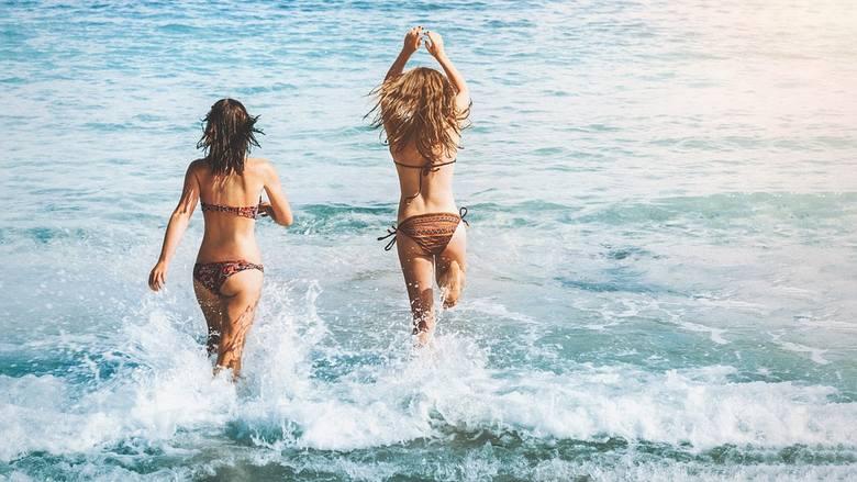 Fala upałów sprawia, że temperatura wody w Bałtyku jest niemal śródziemnomorska. To idealne warunki dla wszystkich amatorów morskich kąpieli. Sprawdźcie,
