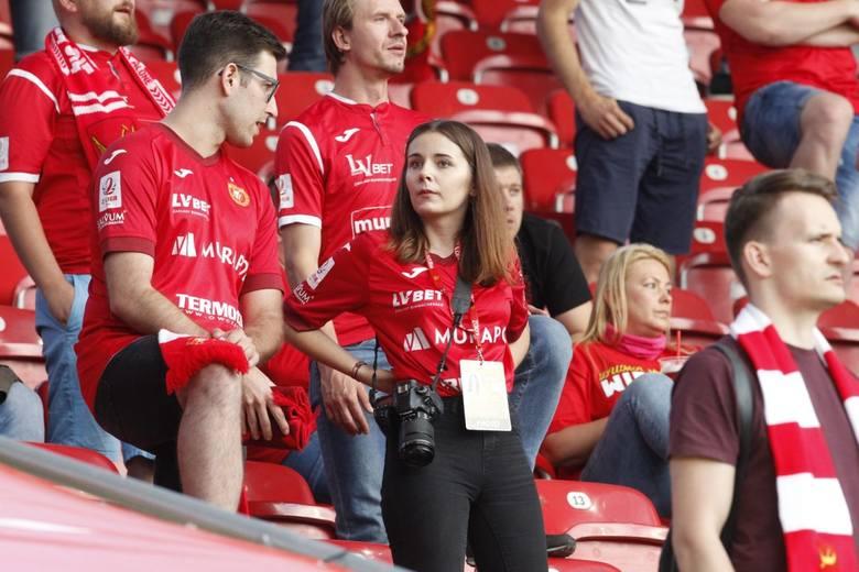 Kibice Widzewa na wygranym meczu ze Stalą Stalowa Wola. ZDJĘCIA