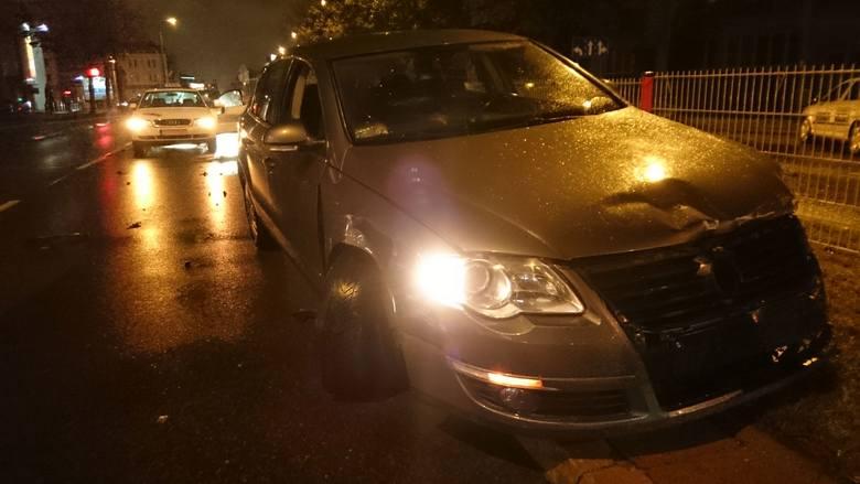 W sobotę około godz. 23.30 na ulicy Legionowej w Białymstoku doszło do groźnie wyglądającej kolizji.