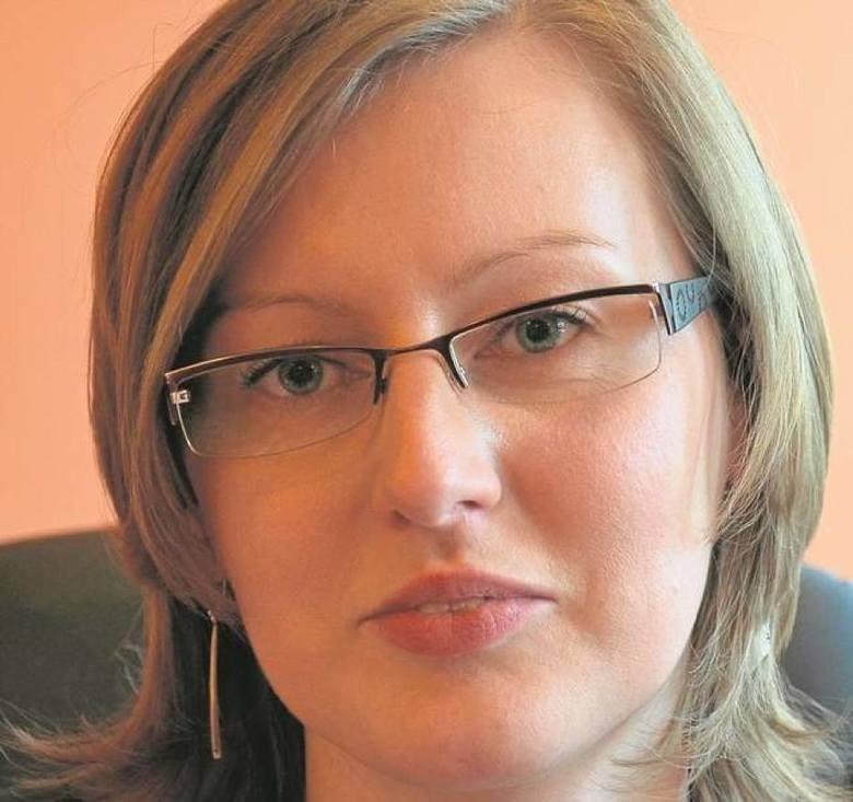 Dorota Grabczyńska, po 7 miesiącach pracy jako zastępca prezydenta do spraw inwestycji złożyła rezygnację. Powodem były inne plany zawodowe.