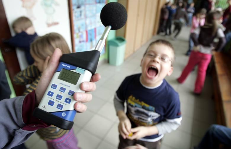 """Gdzie w Toruniu znajdują się najbardziej uciążliwe miejsca pod względem hałasu? Z pomocą przychodzi Mapa Akustyczna Torunia. Prezentujemy absolutną """"dziesiątkę"""".Polecamy:Gwara"""