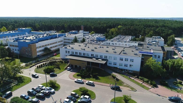 U 9-letniej pacjentki Oddziału Pediatrii, Alergologii i Kardiologii Wojewódzkiego Szpitala Dziecięcego w Toruniu, jak juz informowaliśmy, wykryto koronawirusa.