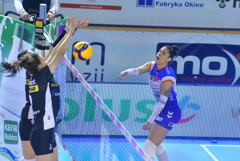 W trzecim meczu o brązowy medal mistrzostw Polski siatkarek, E.Leclerc Moya Radomka Radom przegrała 2:3 z ŁKS Commercecon Łódź.W rywalizacji do trzech