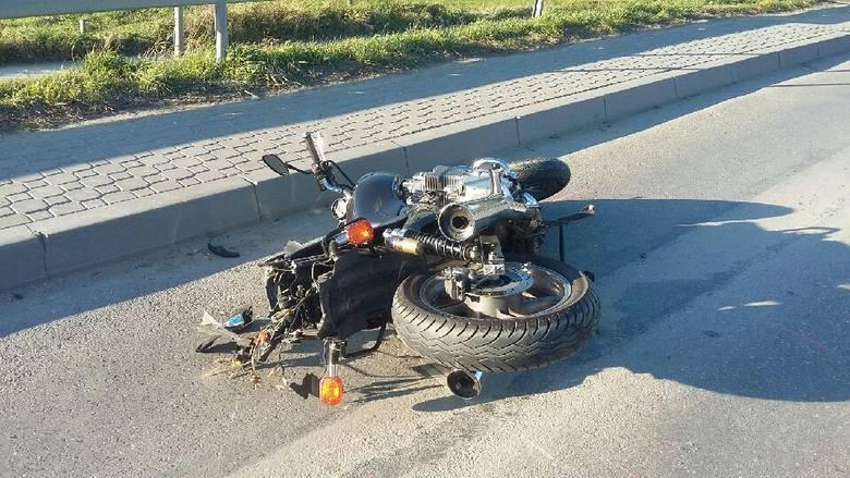 Zginął motocyklista48-letni motocyklista zginął w wypadku, który wydarzył się pod Pińczowem (Świętokrzyskie) - motocyklista stracił panowanie nad maszyną,