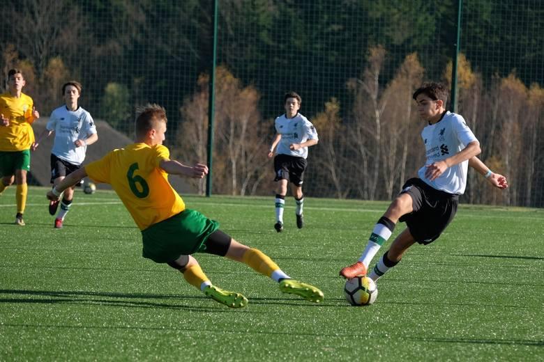 Podczas pierwszego dnia turnieju Arłamów Cup, słowacki zespół MSK Zilina przegrał z Liverpoolem FC 2:4 (0:1). W zawodach grają piłkarze do lat 15.Zobacz