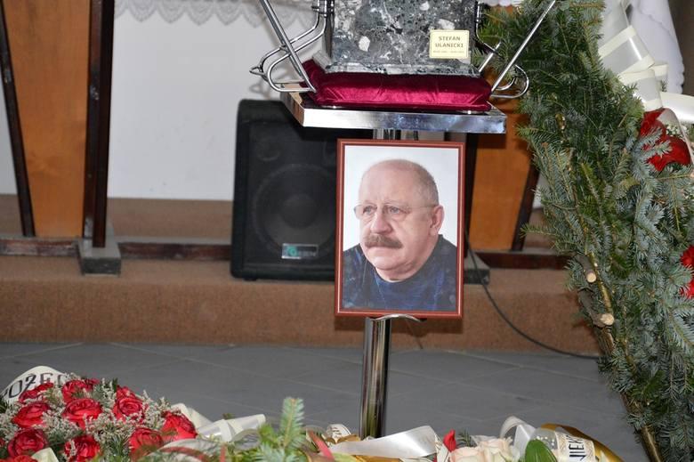 Stalowa Wola. Ostatnia droga sędziego Stefana Ulanickiego [ZDJĘCIA]