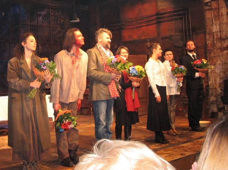 """Radom. Premiera """"Łowcy"""" w Teatrze Powszechnym"""