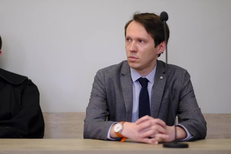 Obrońcą Przemysława Lipki jest adwokat Przemysław Oskroba, były toruński prokurator