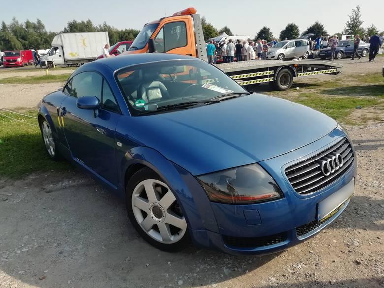 Audi TT. Pojemność silnika: 1.8. Rok produkcji: 1999. Stan licznika: 193 tys. km. Cena: 11,8 tys. zł