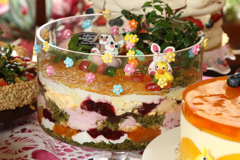Wielosmakowa mozaika idealna dla najmłodszych. W kolejnych warstwach ciasta skrywają się smaki, które najmłodsi będą chętnie odkrywać.>>>