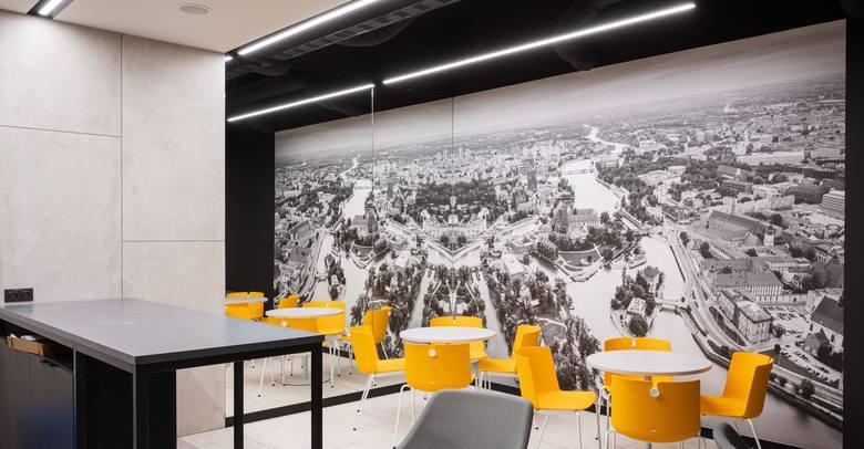 We Wrocławiu biura At Office powstały na terenie kompleksu biurowego Cu Office