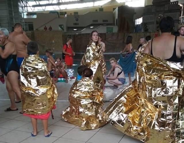 W niedzielne popołudnie doszło do ewakuacji klientów Term Maltańskich. Około 500 osób, większość w strojach kąpielowych otulona kocami termicznymi znalazła