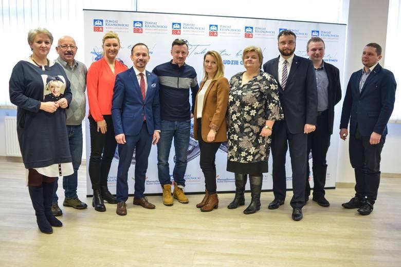 Buty dla polskich skoczków narciarskich powstaną w Otmęcie. Adam Małysz nawiązał współpracę z firmą Nagaba