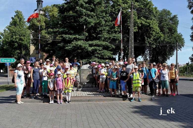 Oddział PTTK w Inowrocławiu wspólnie z Urzędem Miasta Inowrocławia oraz firmą Plast-Mar zorganizowali rajd pieszy Szlakiem gen. Władysława Sikorskiego.