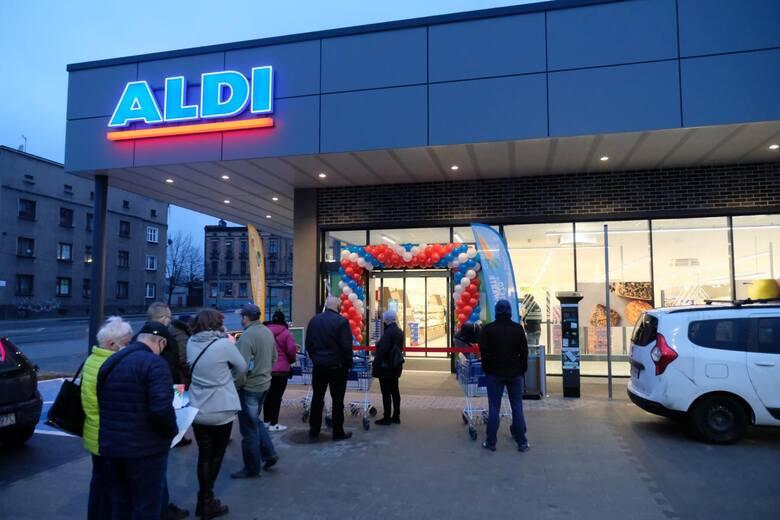 AldiZarobki w sklepach i magazynie zaczynają się od 3000 zł brutto.